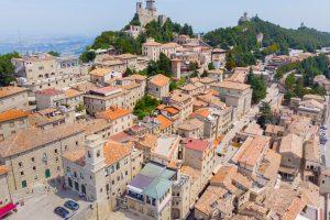 San Marino, Asyż i Dolomity